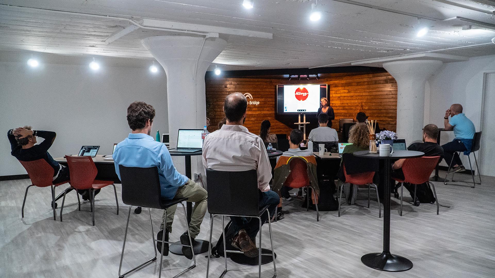 Slider-Startup-School-2020-1